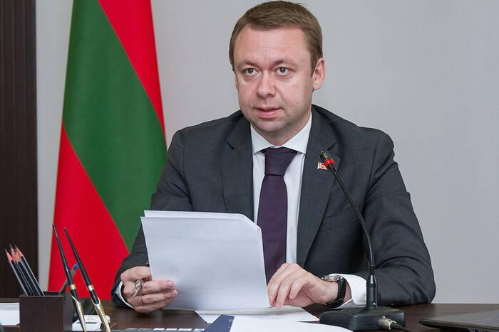 Александр Мартынов рассмотрел обращения граждан и дал поручения профильным ведомствам
