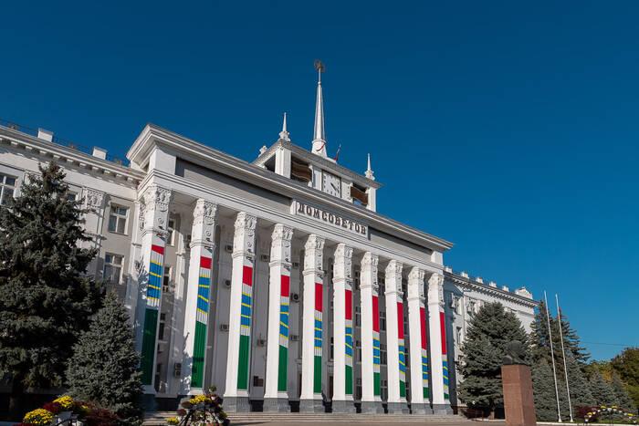 Общественники Тирасполя поддержали Вадима Красносельского в его решении пойти на второй президентский срок