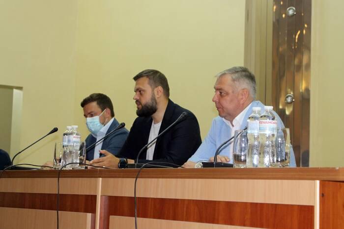 Депутат Госдумы РФ Артем Туров ответил на волнующие вопросы рыбничанам