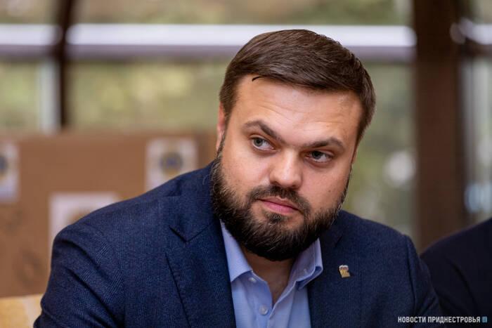 Депутат Госдумы РФ Артём Туров поздравил приднестровцев с Днем Республики