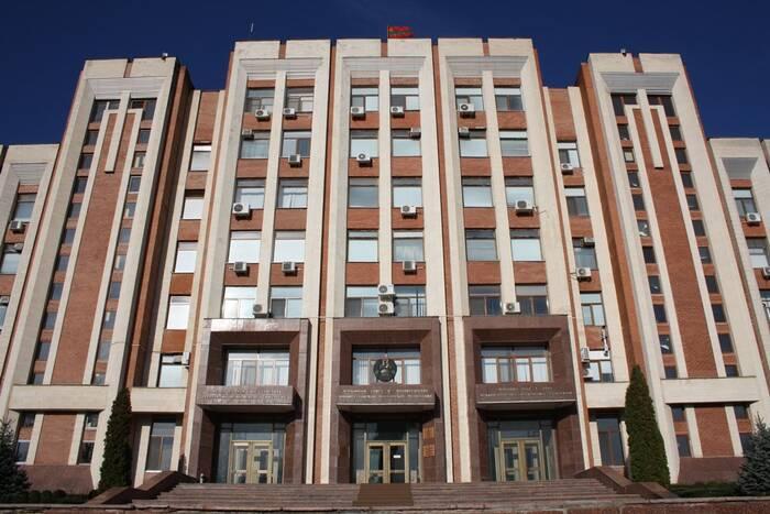 Президиум Верховного Совета утвердил повестку дня ближайших пленарных заседаний