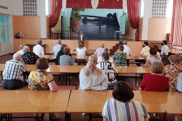 Депутаты местного и Верховного советов округа «Комсомольский» отчитались о проделанной работе