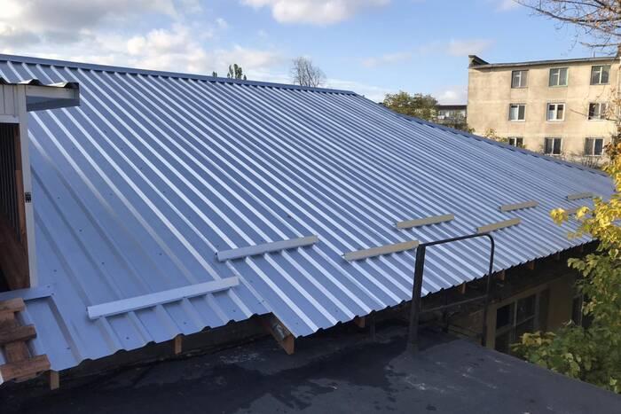 В новом здании госархива завершили капремонт крыши