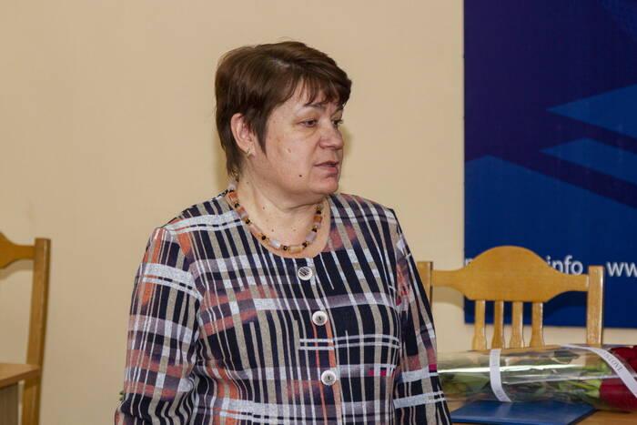 Гостем «Прямой линии» газеты «Приднестровье» стала министр просвещения Алла Николюк
