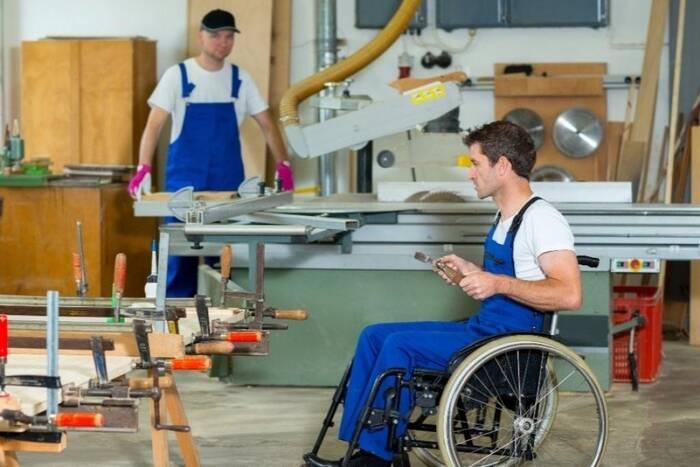 Индивидуальный пакет соцуслуг и трудоустройство инвалидов. Верховный Совет принял ряд инициатив Правительства