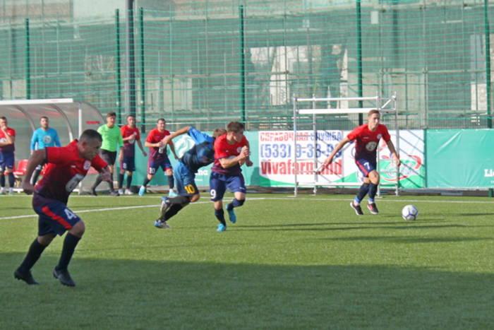 «Красная Звезда» лидирует в чемпионате ПМР по мини-футболу