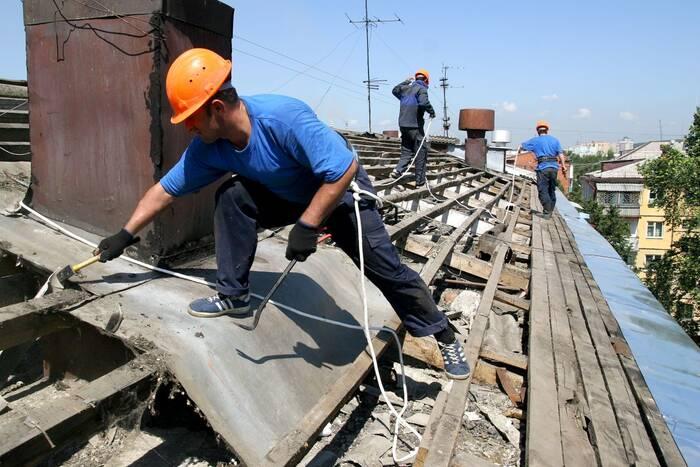 Минэкономразвития готовит комплексную программу по ремонту общежитий