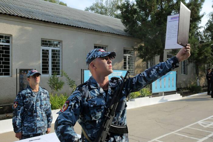 Молодое пополнение Специальной моторизованной войсковой части МВД ПМР приняло военную присягу