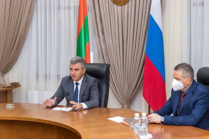 На совещании у Президента ПМР обсудили корректировки программы ФКВ-2020