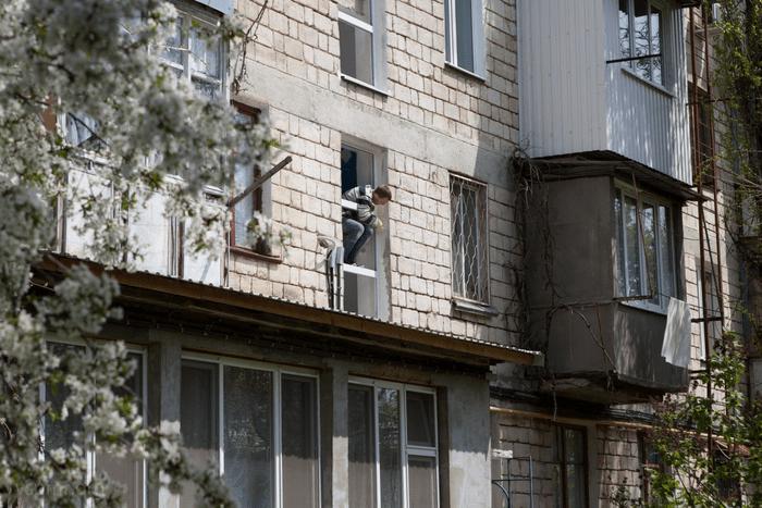 На столичном округе «Одесском» ведутся работы по обновлению жилфонда