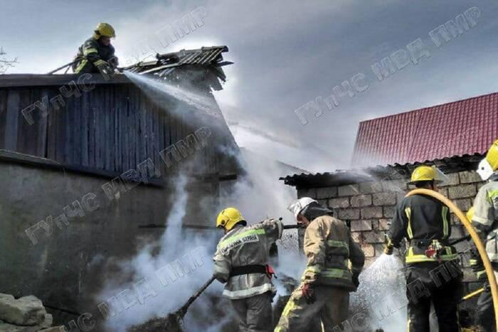 В Кицканах из-за пожара в сарае едва не сгорел частный дом