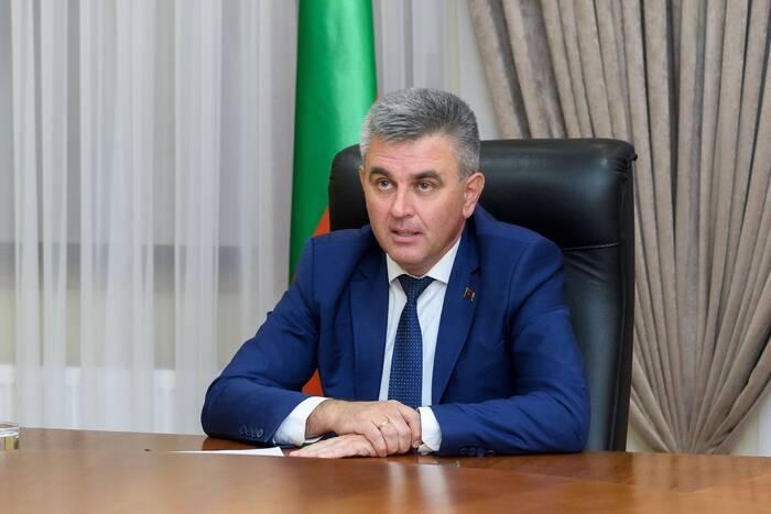 Вадим Красносельский поручил решить вопрос с обеспечением компьютерами многодетных семей