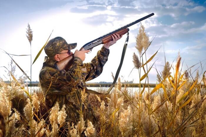 Первый в этом году экзамен на получение охотничьего билета успешно сдали 11 из 19 кандидатов