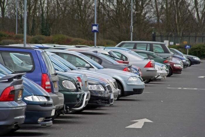 Полномочия по созданию парковок общего пользования предлагают передать госадминистрациям