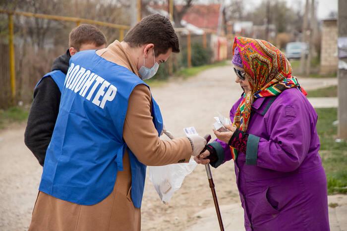 Пожилые дубоссарцы могут обратиться за помощью к волонтерам