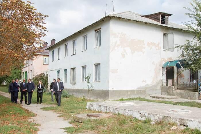 Правительство по поручению Президента продолжит ремонт старого жилфонда