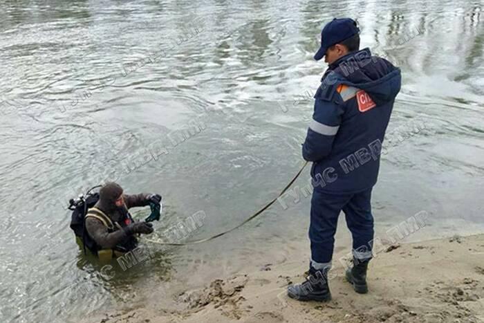 Правоохранители продолжают искать тело утонувшего в Днестре подростка
