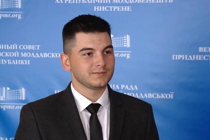 Председателем Молодёжного парламента IV созыва стал Роман Ефодиев