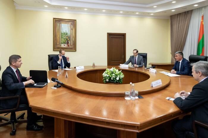 Президент ПМР провел встречу с британским послом