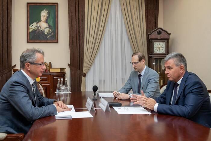 Президент ПМР обсудил с главой Миссии ОБСЕ в РМ текущее положение дел в переговорном процессе