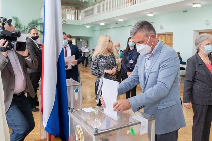 Президент ПМР проголосовал на выборах депутатов Госдумы РФ