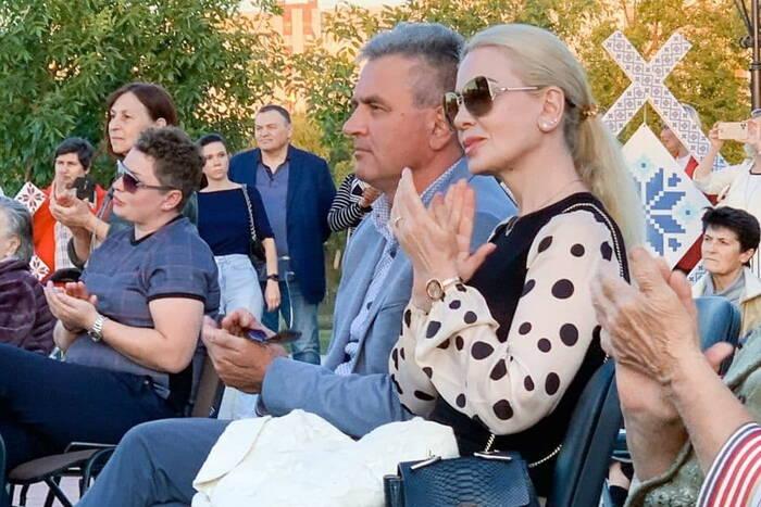 Президент ПМР с супругой посетили концерт российских артистов в Тирасполе