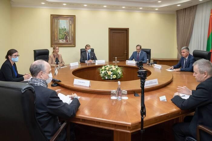Президент ПМР встретился со шведским послом Катариной Фрид