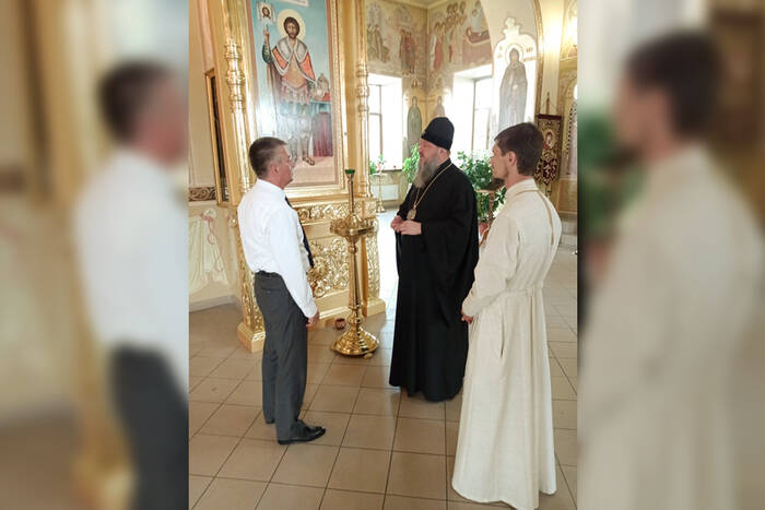 Президент Вадим Красносельский подарил Александро-Невскому храму икону святого благоверного князя
