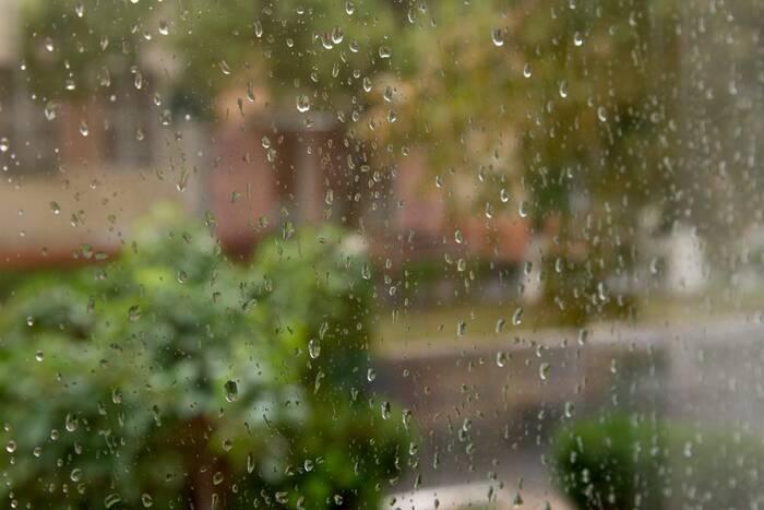Прогноз погоды на среду: днём местами слабый дождь и +13°С