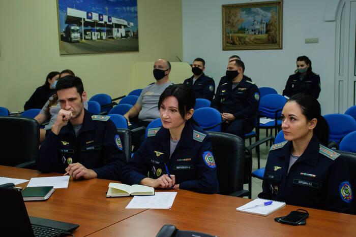 Российские таможенники помогают ГТК отладить систему управления рисками