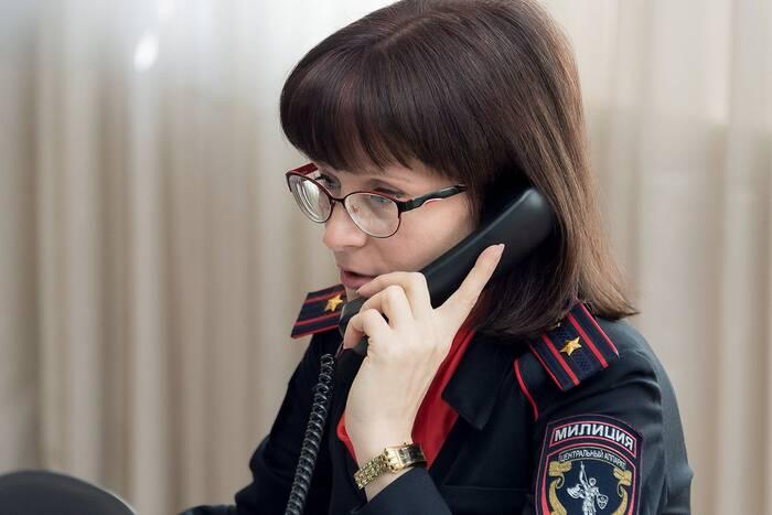 С 11 по 13 января операторы кризисных центров приняли около 7,5 тысяч обращений