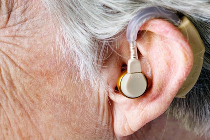 Ветераны ВОВ будут получать слуховой аппарат за счет государства