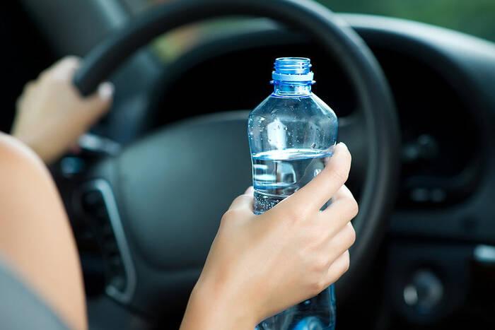 Сотрудники ГАИ призывают автолюбителей быть внимательными на дороге в жаркую погоду