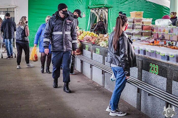 Сотрудники МВД продолжают выявлять нарушителей карантинных мер