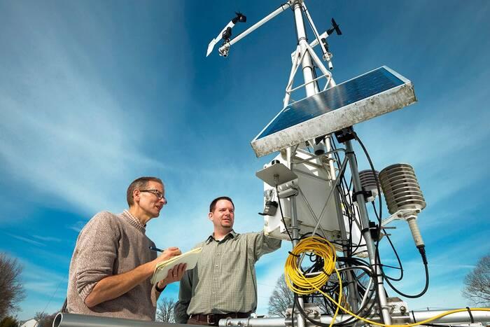 Современные шаманы со спутниковыми технологиями