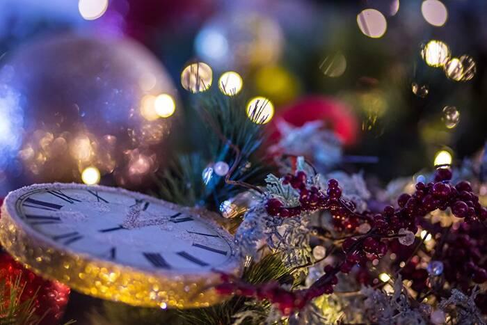 Столичные творческие коллективы подготовили новогодние онлайн-концерты