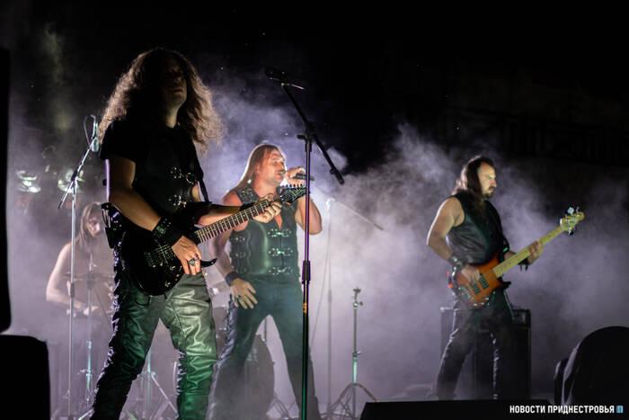 ROCK LEGENDS: В Бендерской крепости прошёл рок-концерт
