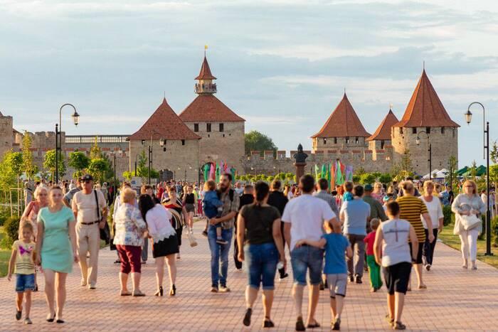 В Бендерскую крепость приедут российские артисты