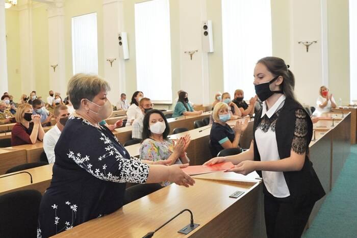 В городах и районах Приднестровья проходят награждения к 30-летию Республики