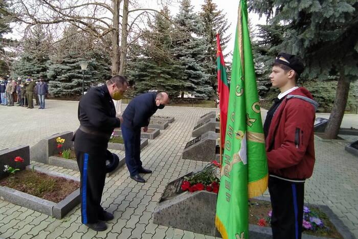 В Дубоссарах почтили память основателя казачества на Днестре Пантелея Сазонова