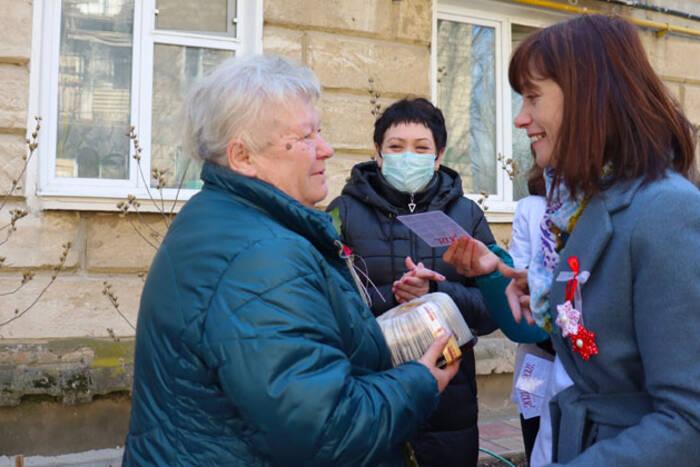 В Дубоссарах поздравили женщин - ветеранов войны и труда