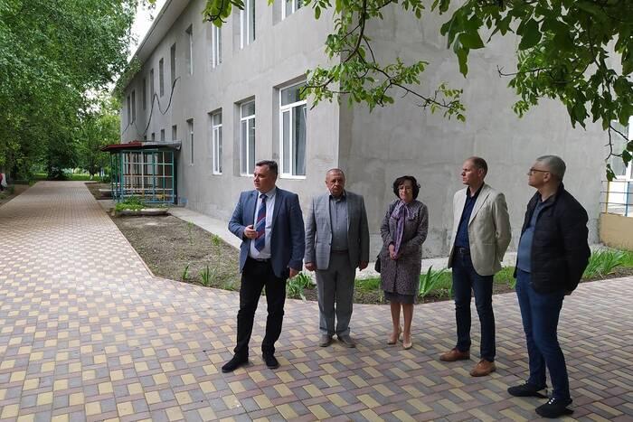 В Дубоссарах по программе ФКВ ремонтируют объекты образования