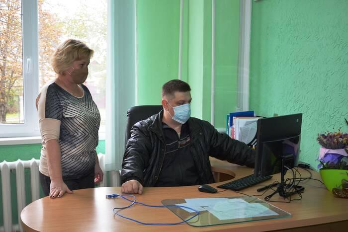 В дубоссарские школы поступила первая партия современных компьютеров