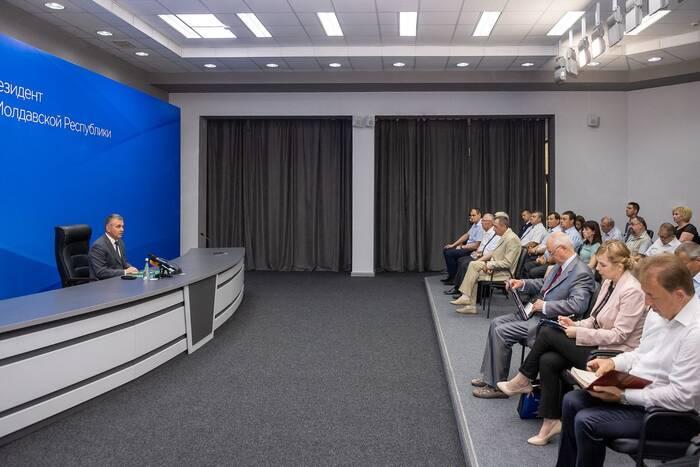 Вадим Красносельский обсудил с общественниками вопрос занятости населения