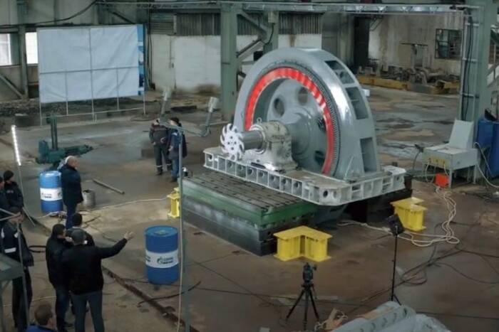 В Кривом Роге тестируют электродвигатель-гигант производства «Электромаша»
