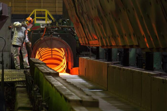 В октябре прогнозируется восстановительный рост ряда отраслей промпроизводства