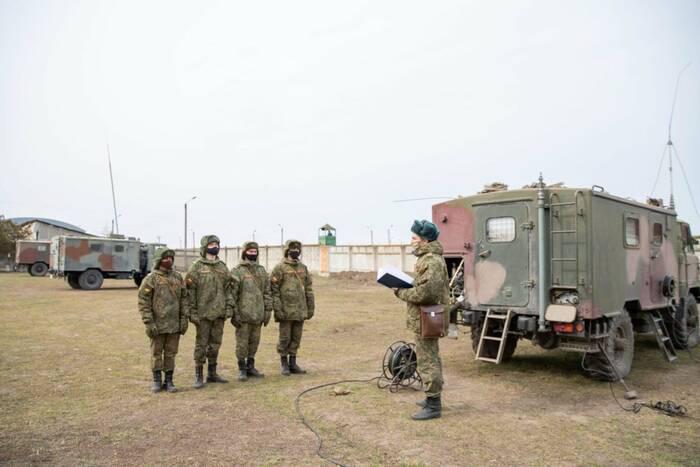 В приднестровской армии проводятся занятия со связистами
