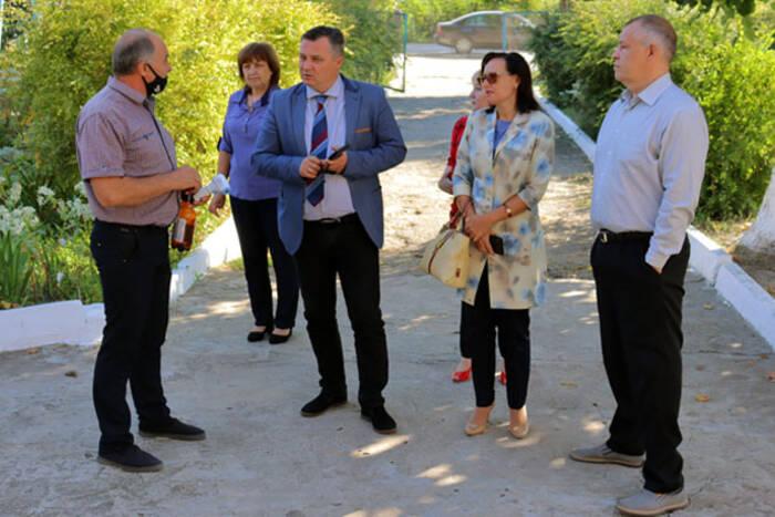 В селе Дойбаны-1 планируют открыть Дом престарелых на территории бывшей больницы