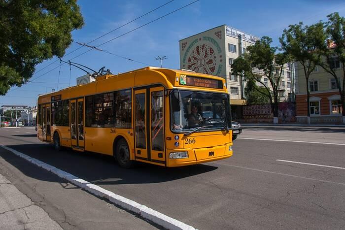 В следующем году плата за проезд в троллейбусах останется той же