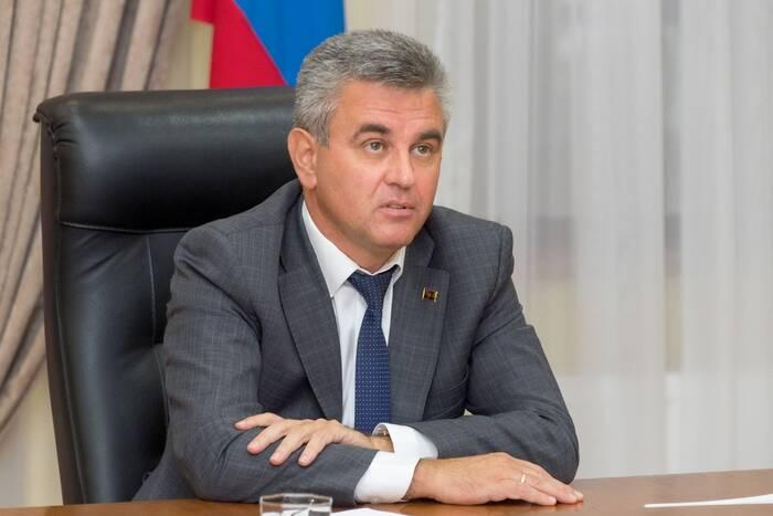 Вадим Красносельский: Носителей COVID-19 необходимо лечить исключительно в условиях стационара